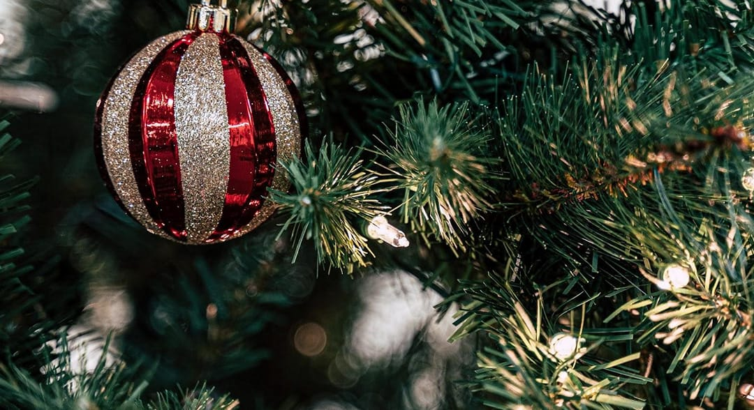 Tips on selling your home during the holidays!