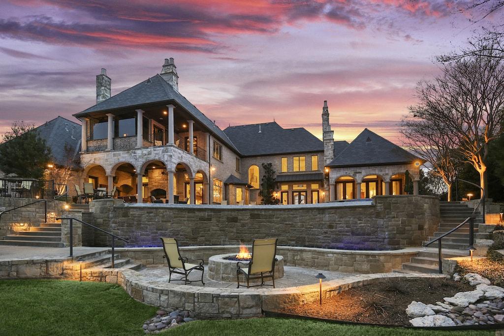 Dallas Real Estate Photography Twilight Sunset 42 7309Trianon 042